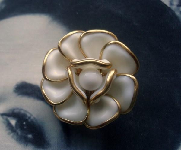 Trifari Signed 1952 Alfred Phillipe White Camellia Poured Glass Brooch/Pendant