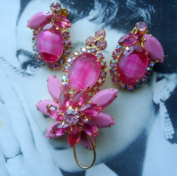 DeLizza and Elster a/k/a Juliana Tiered Pink Striped Stone Brooch and Earring Demi Parure VERY RARE Book Piece