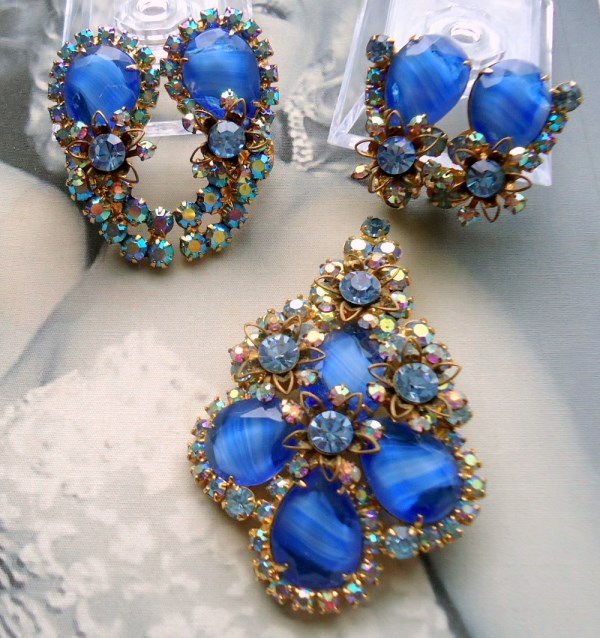 """DeLizza and Elster a/k/a Juliana Blue Stripe Stone """"Givre"""" Brooch Pendant and 2 Pair of  Earring Parure"""