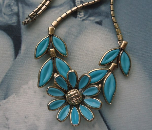 Trifari signed Alfred Phillipe 1950's Aqua Blue Poured Glass Daisy Necklace *SOLD*