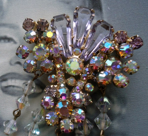 DeLizza and Elster a/k/a Juliana Lavender Pentagon Stone Raised Rosette Tiered Dangle Brooch