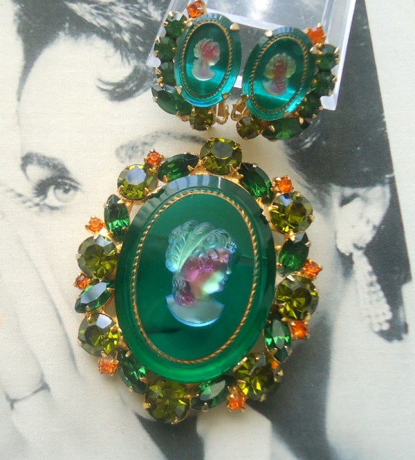DeLizza and Elster a/k/a Juliana Green Intaglio Glass Brooch and Earrings Demi Parure