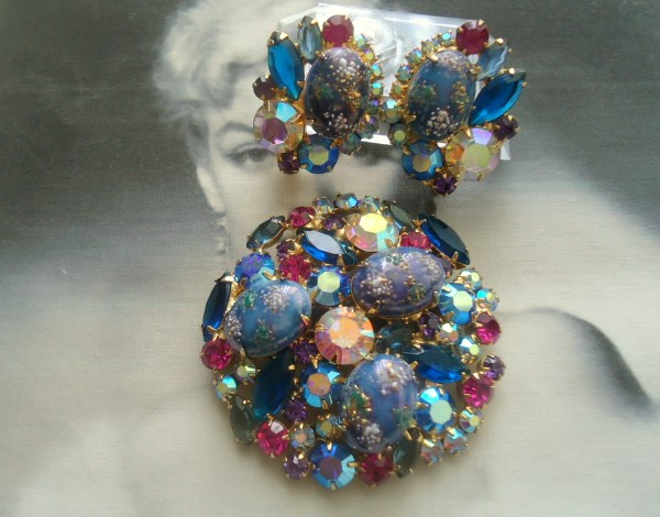 DeLizza and Elster a/k/a Juliana Blue Purple Easter Egg Stippled Brooch and Earrings Demi Parure