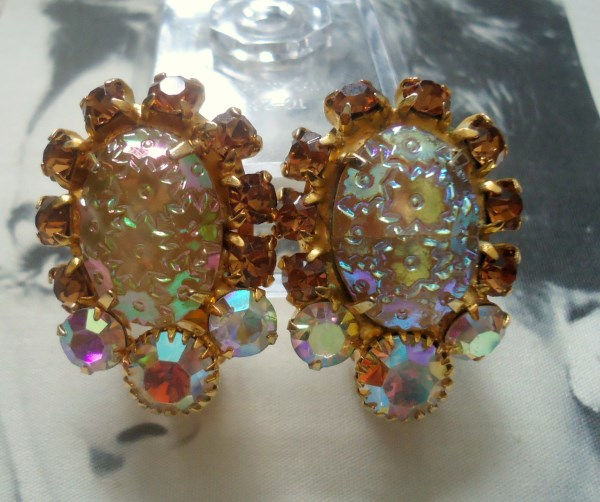 DeLizza and Elster a/k/a Juliana Pressed Glass Floral Pattern from Germany Earrings *SOLD*