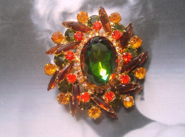DeLizza and Elster a/k/a Juliana Tiered Green Heliotrope Brooch