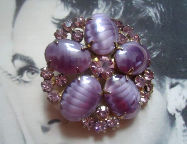 DeLizza and Elster a/k/a Juliana Opalescent Lavender Stripe Art Glass Brooch EXTREMELY RARE *SOLD*