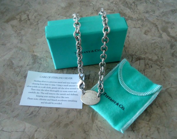 """TIFFANY & CO. """"Return to Tiffany"""", Oval Hang Tag Sterling Silver Tag Charm Necklace in Original Box Dust Bag and Care Card RETIRED CHARM"""