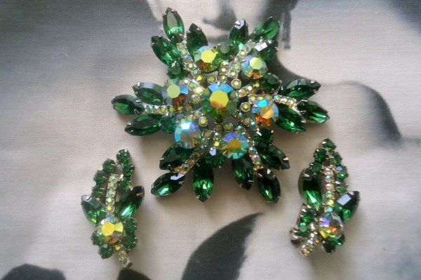 DeLizza and Elster a/k/a Juliana Emerald Green Navette and Chaton Brooch and Climber Earring Demi Parure HUGE BROOCH