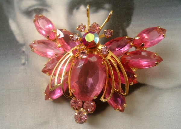 DeLizza and Elster a/k/a Juliana Bubble Gum Pink Golden Winged Butterfly Figural Brooch