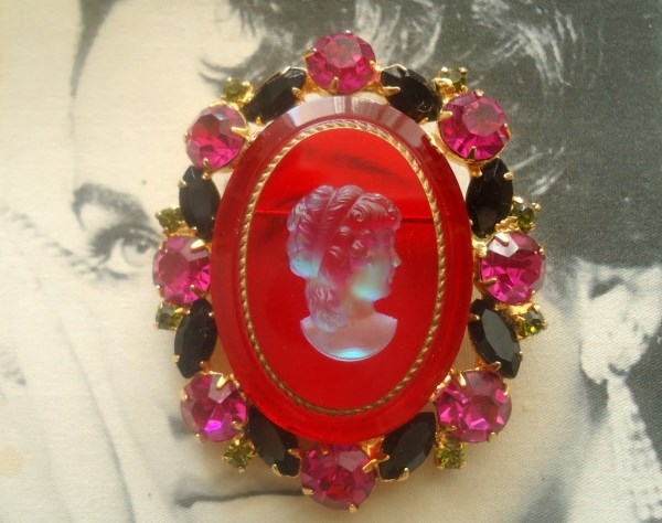 DeLizza and Elster a/k/a Juliana Ruby Red Intaglio Glass Brooch EXTREMELY RARE