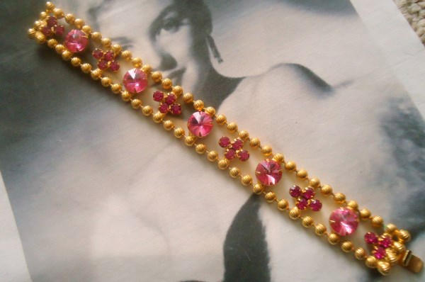 DeLizza and Elster a/k/a Juliana Pink Rivoli Ball Chain Bracelet RARE Hard to Find