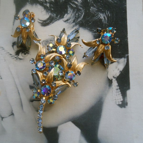 DeLizza and Elster a/k/a Juliana Metal Leaf Accent Floral Spray Figural Brooch and Earring Demi Parure