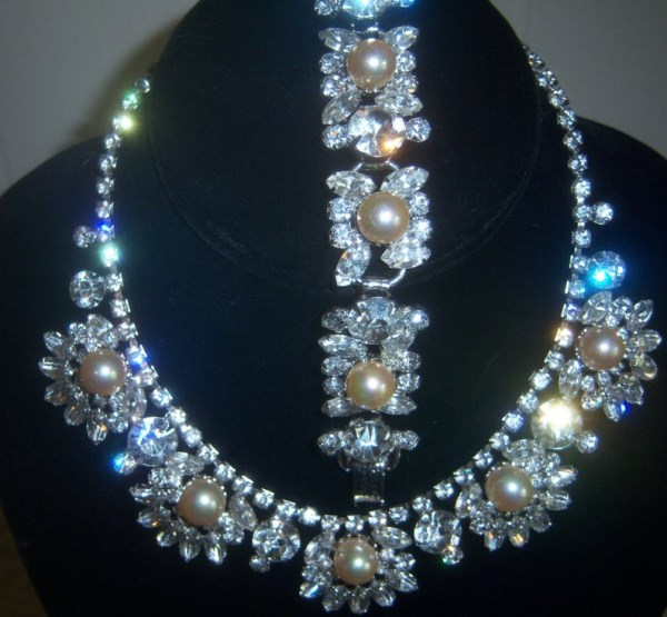 DeLizza and Elster a/k/a Juliana Pearl and Ice Rhinestone Necklace and Bracelet Demi Parure VERY RARE
